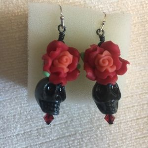 Jewelry - Rose and skull earrings